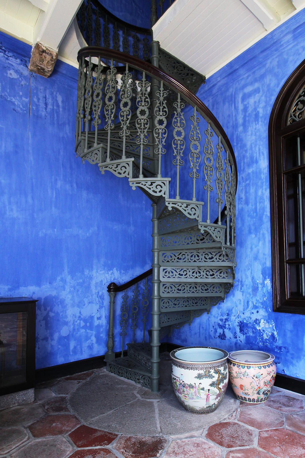 boutique-hotel-penang-island-blue-mansion-architecture-02-1 Home