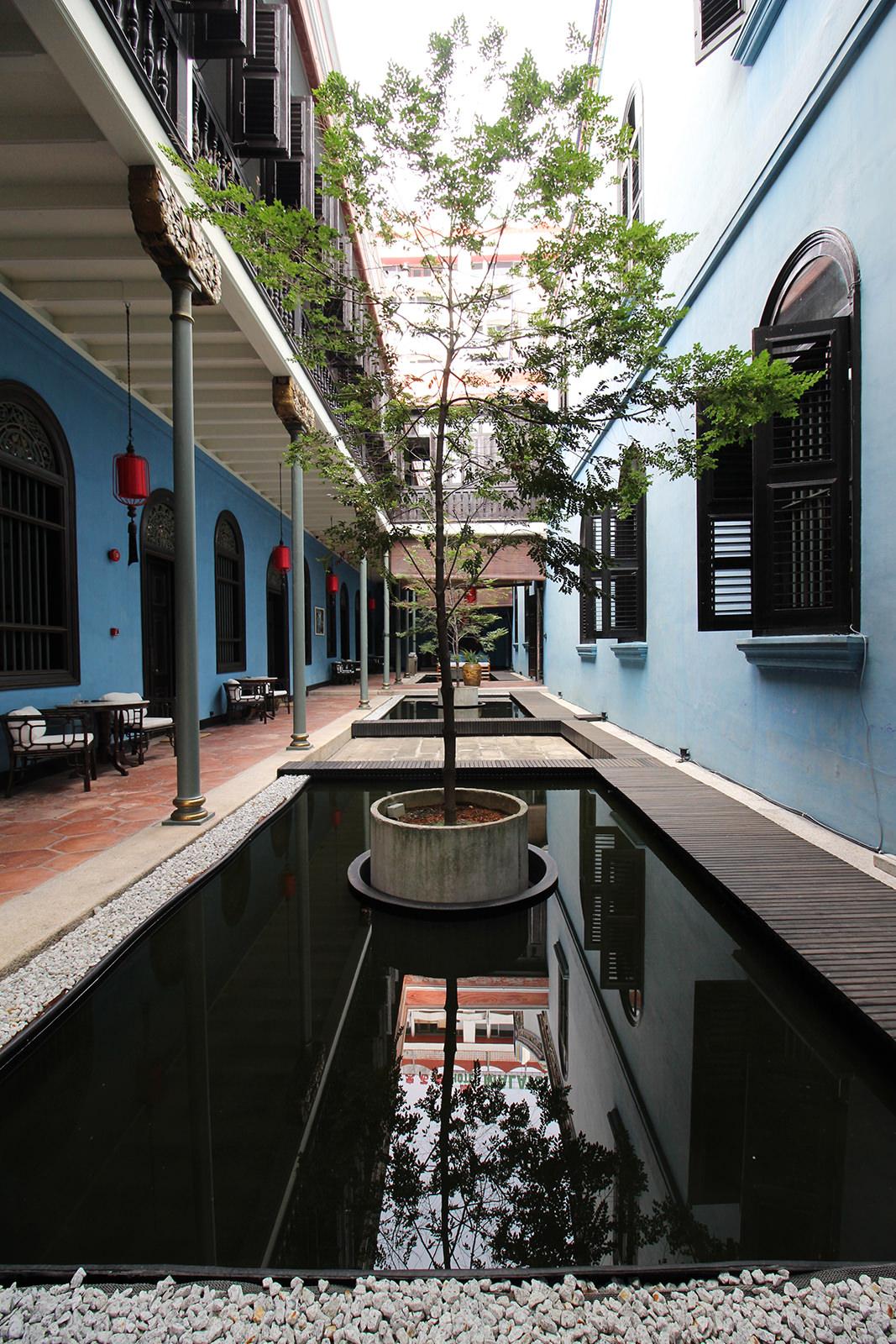 boutique-hotel-penang-island-blue-mansion-architecture-01-1 Architecture