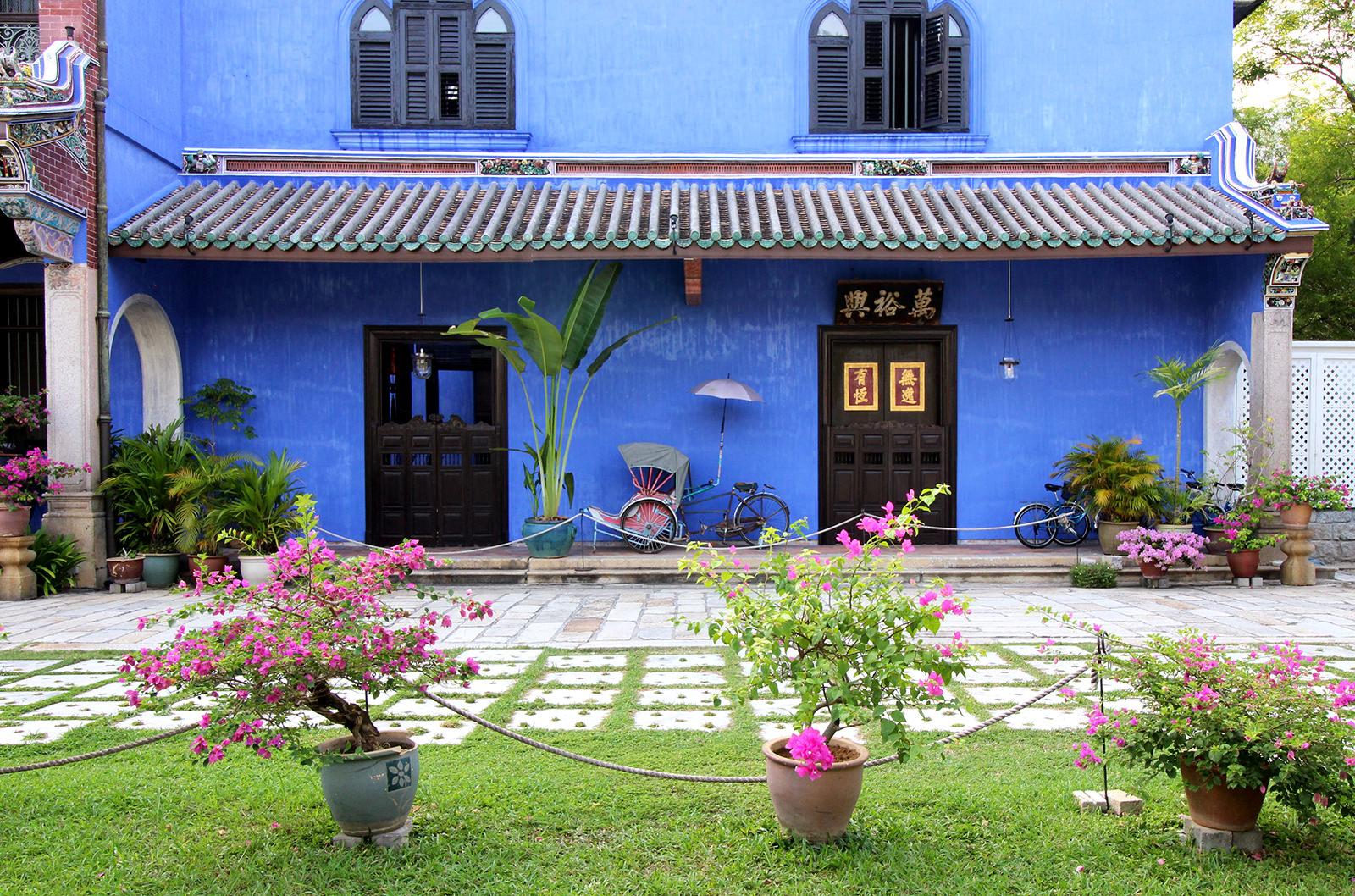 boutique-hotel-penang-island-blue-mansion-architecture-07 Architecture